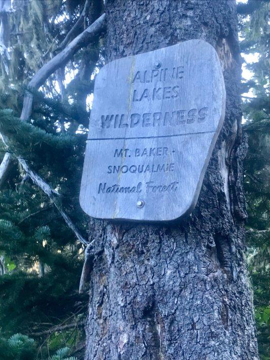 alpine lakes sign